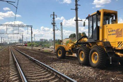 Подрядные работы на железной дороге.